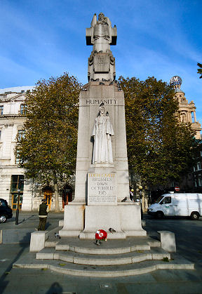 Statue to Edith Cavell