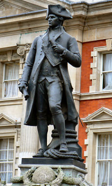 Statue of James Cook