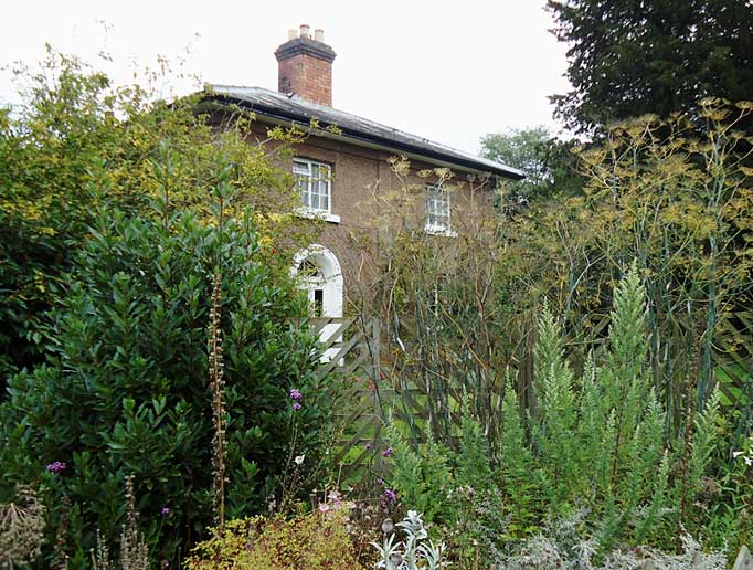 Spetchley Gardener's Cottage