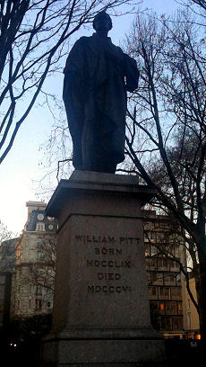 Statue of Pitt in London